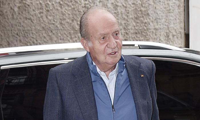 El rey Juan Carlos asiste al 77º cumpleaños de su hermana, la infanta Margarita