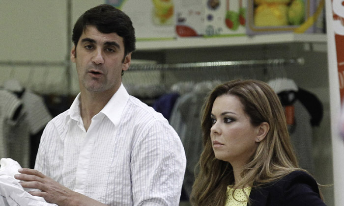 Exclusiva en ¡HOLA! María José Campanario, operada de una hernia de disco cervical