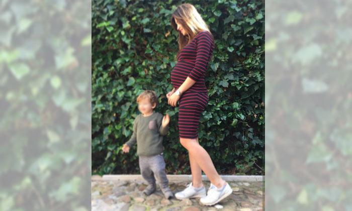 Sara Carbonero muestra su embarazo... y la otra 'curva' de su felicidad