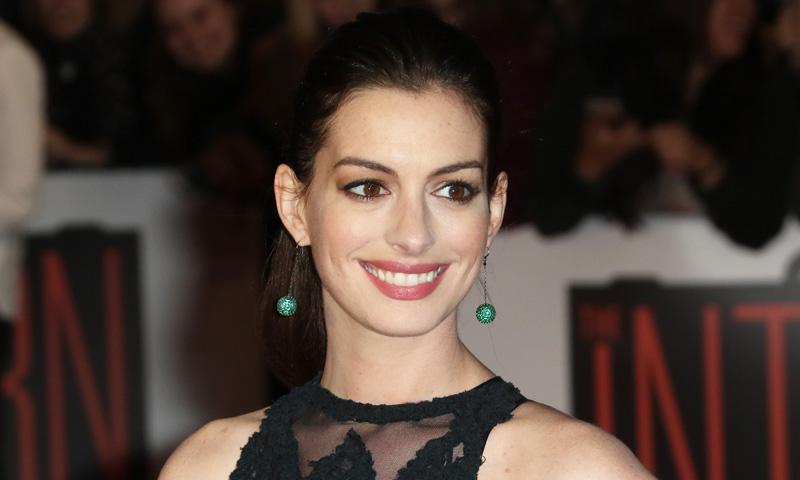 Anne Hathaway ya ha sido mamá, ¿le ha puesto a su hijo un nombre original o tradicional?