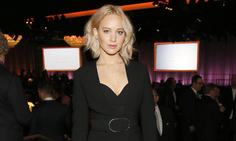 Jennifer Lawrence se siente gorda para Hollywood