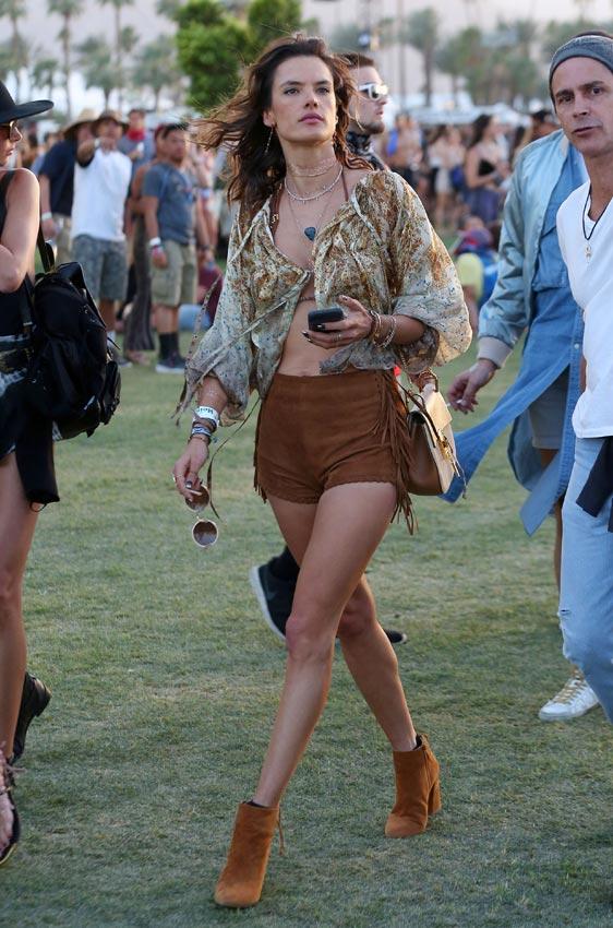 Las 'celebrities' visten de 'glamour' el Festival de Coachella