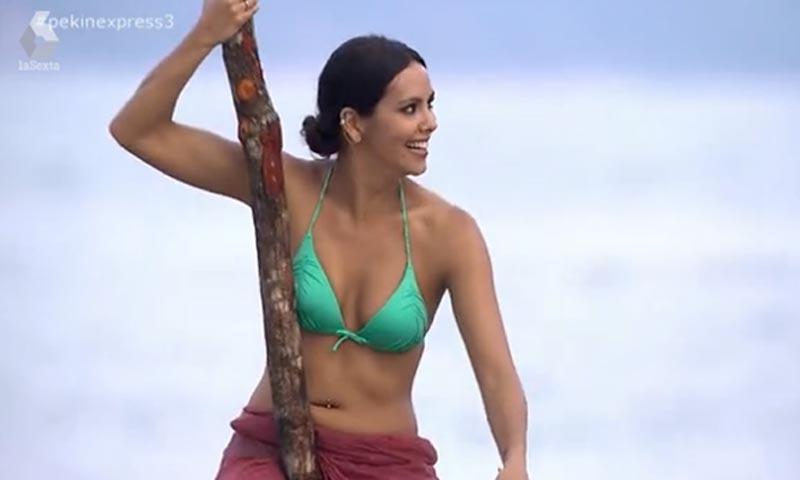 Cristina Pedroche, el sugerente bikini verde y su versión sobre la marcha de Quintín
