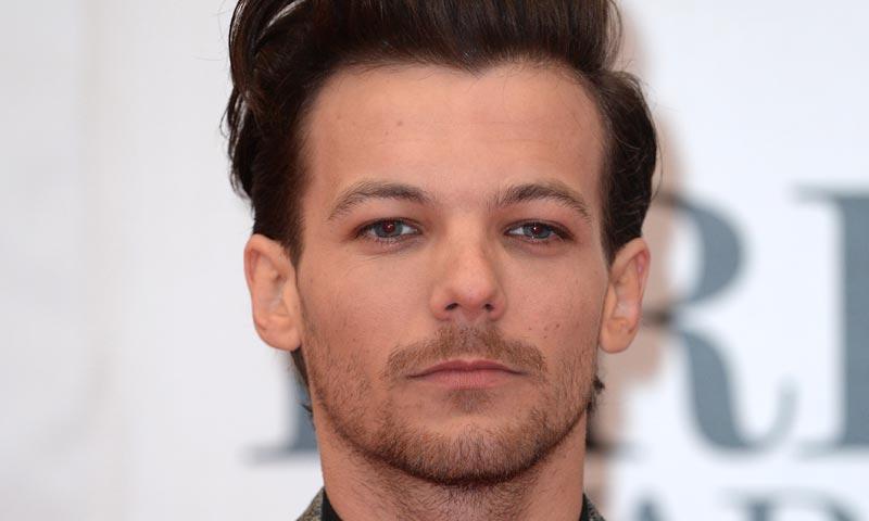 Louis Tomlinson Picture: Louis Tomlinson, One Direction, Cada Vez Más Enamorado