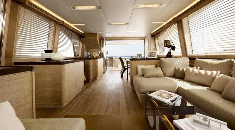 Foto a foto el nuevo yate de tres millones de euros de for Interior yates de lujo