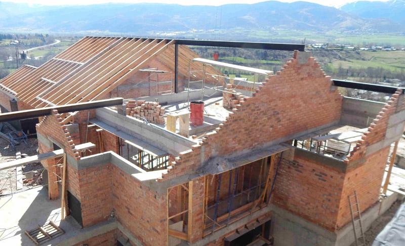 Shakira y piqu se construyen una casa en el pirineo - Como se construye una casa ...