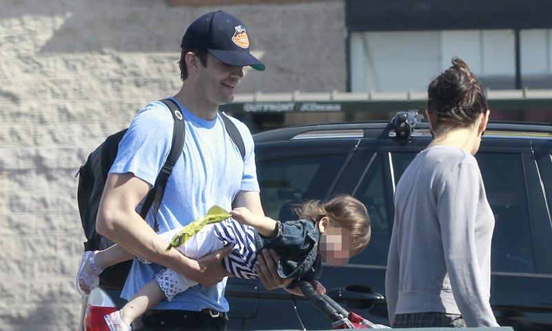 ¡Ashton Kutcher está hecho todo un padrazo!