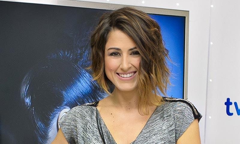 Un 'look' secreto y un tema que ya tararean sus rivales... Barei pone rumbo a Eurovisión
