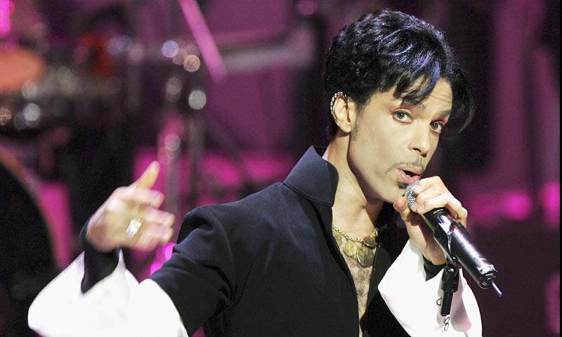 Un hijo 'secreto' de Prince reclama su fortuna desde la cárcel