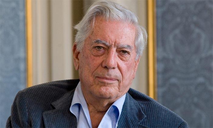 Mario Vargas Llosa ya está legalmente divorciado en España