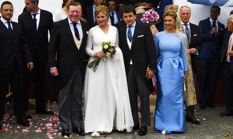 Lourdes Montes, Francisco Rivera, Mariló Montero... acuden a la boda de la hija de César Cadaval