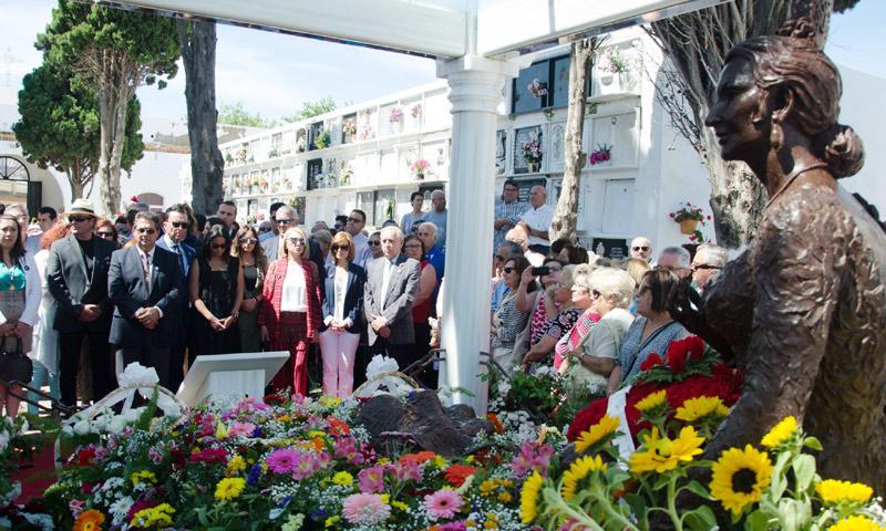 La familia de Rocío Jurado casi al completo se reúne en Chipiona para recordarla en el décimo aniversario de su muerte