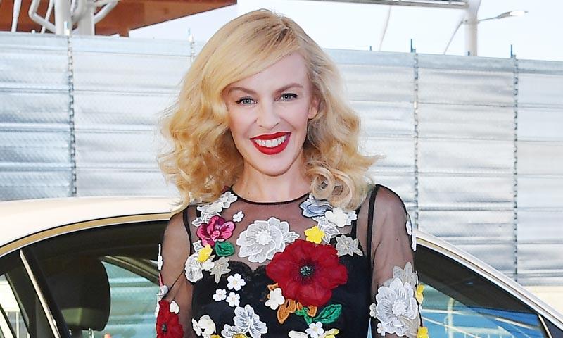 Kylie Minogue responde a los rumores de su supuesta gran boda griega
