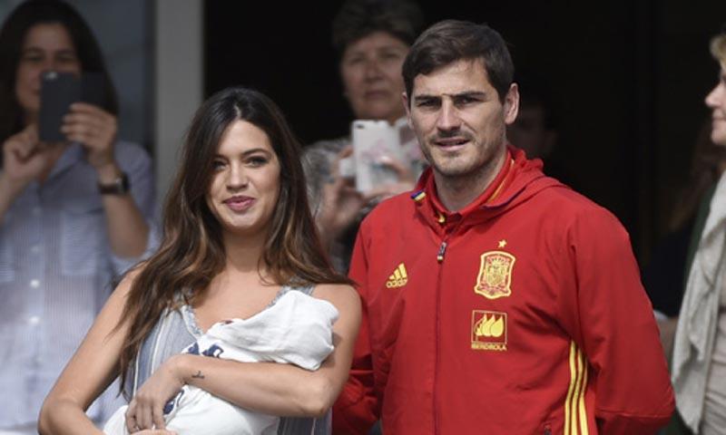 ¡Papá vuelve a casa! Iker Casillas corre a ver a su hijo Lucas y por supuesto a Martín