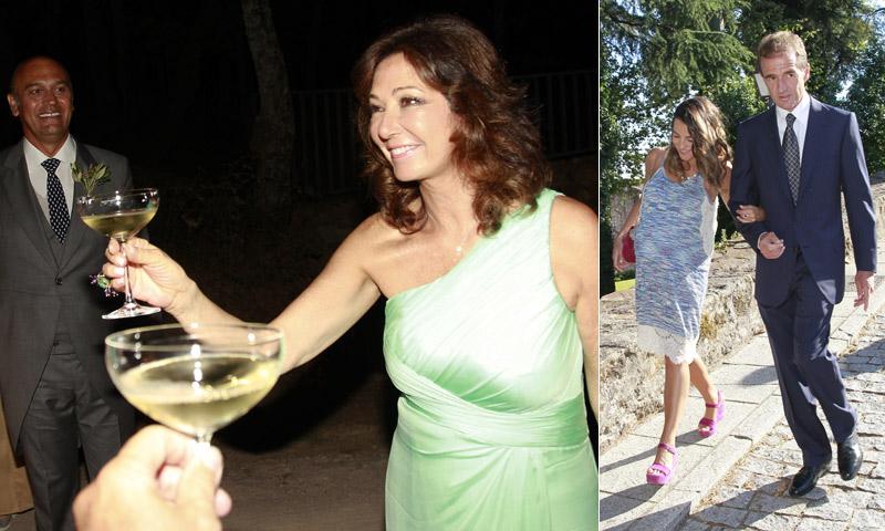 Amigos y compañeros brindan con Ana Rosa Quintana en la boda de su hijo Álvaro