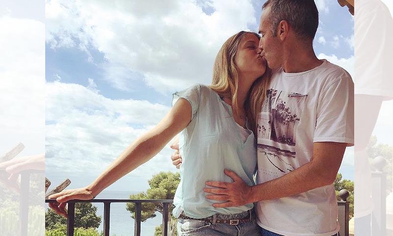 Martina Klein y Alex Corretja anuncian que van a ser padres