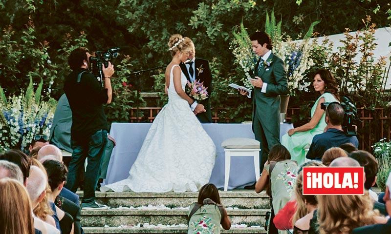 Los detalles de la emotiva boda del hijo de Ana Rosa Quintana en ¡HOLA!
