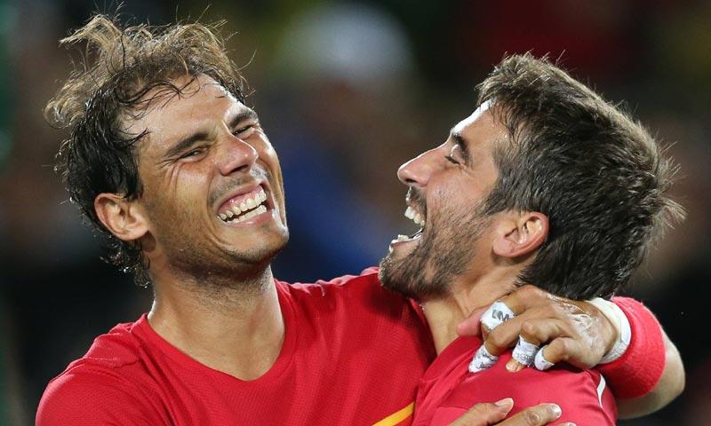 Rafa Nadal y Marc López ganan el oro olímpico en dobles