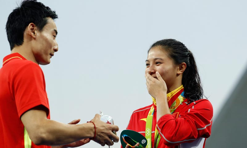 ¡Sí, quiero! La romántica petición de matrimonio en el podio de los Juegos de Río