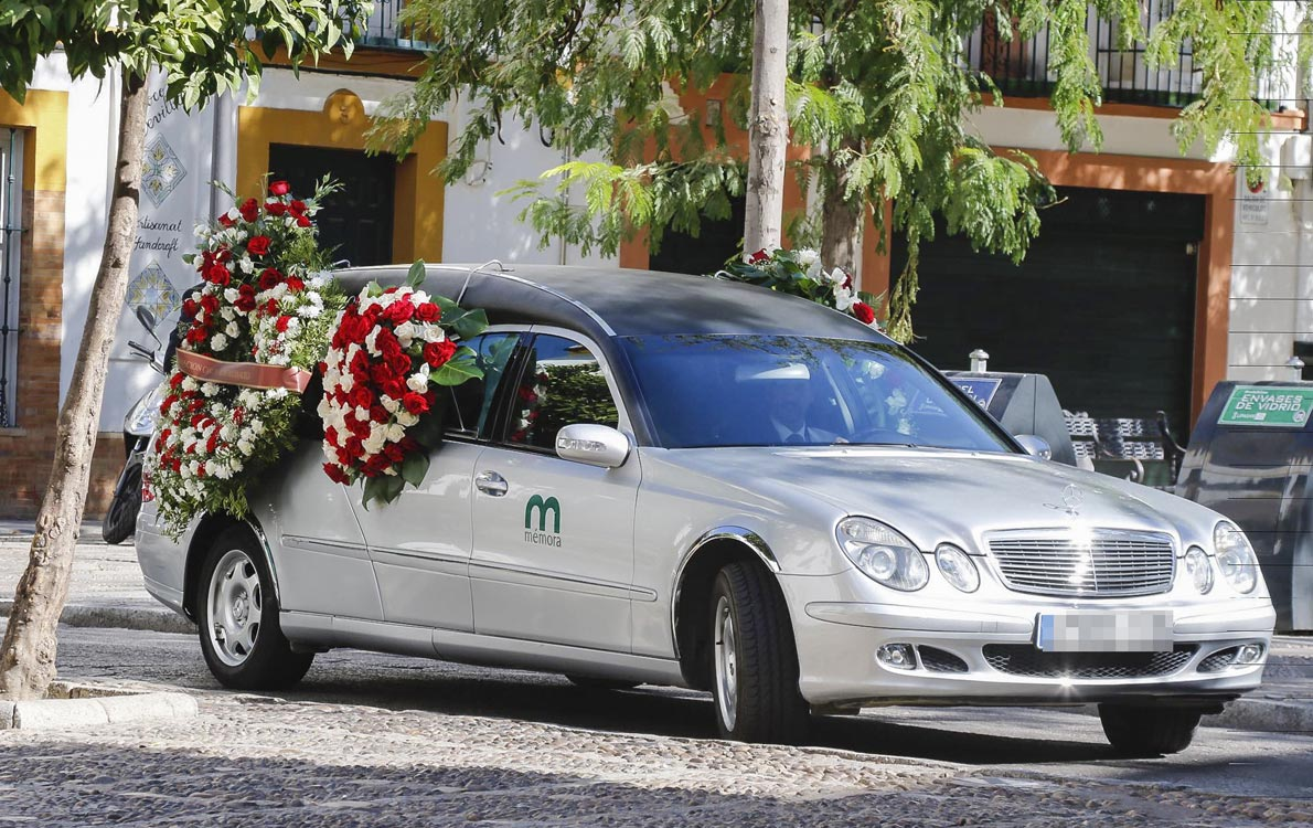 funeral3a-a.jpg