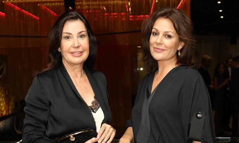 Carmen Martínez-Bordíu y Nuria González, una noche de grandes apuestas en el Gran Casino de La Mancha en Illescas
