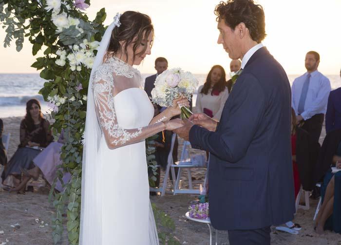 la romántica boda en la playa de paz padilla y antonio vidal