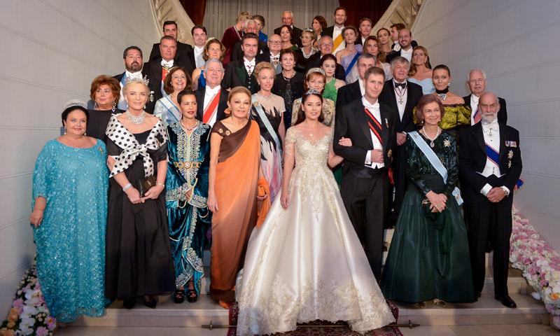 La reina Sofía asiste a la cena de gala con motivo de la boda del príncipe Leka de Albania y Elia Zaharia