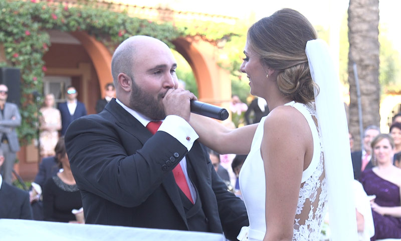 Escucha a Kiko Rivera cantando para Irene Rosales en su boda