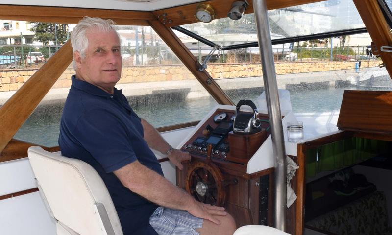 Subimos con el Duque de Alba a su barco, el 'Ayax III'