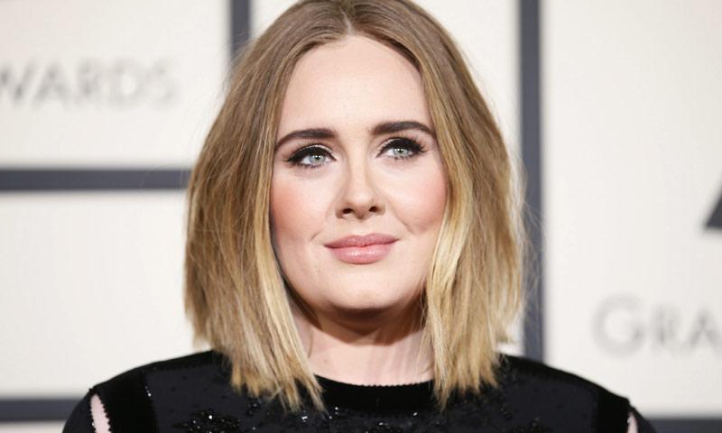Las duras confesiones de Adele sobre la depresión que sufrió tras convertirse en madre