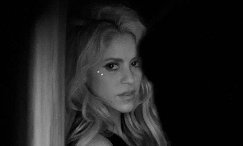 Shakira disfruta del enorme éxito de 'Chantaje' y de la recuperación de su hijo Sasha