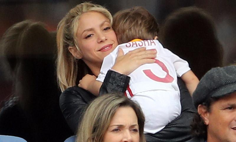 '¡Todo bajo control!', Shakira agradece el apoyo mientras Sasha 'estuvo enfermito'