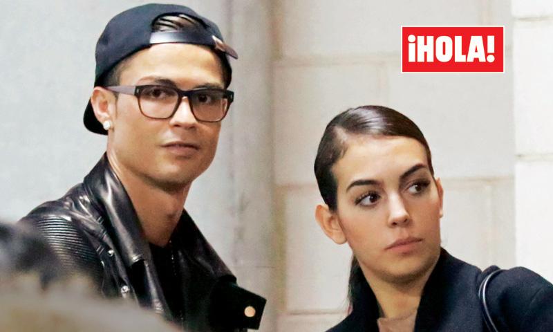 Exclusiva en ¡HOLA!, Cristiano Ronaldo y Georgina, las imágenes más buscadas de la pareja del momento
