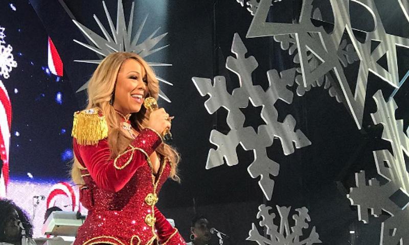 No te pierdas a Mariah Carey cocinando por Navidad… ¡al ritmo de su propio villancico!