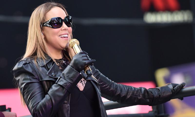 La representante de Mariah Carey aviva la polémica por su actuación