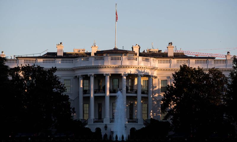 Mudanza exprés en la Casa Blanca: De Obama a Trump en seis horas