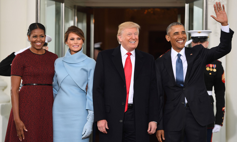 ¿Qué le ha regalado Melania Trump a Michelle Obama?