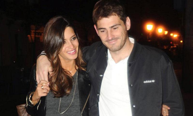 Iker Casillas y Sara Carbonero quieren quedarse un año más en Oporto