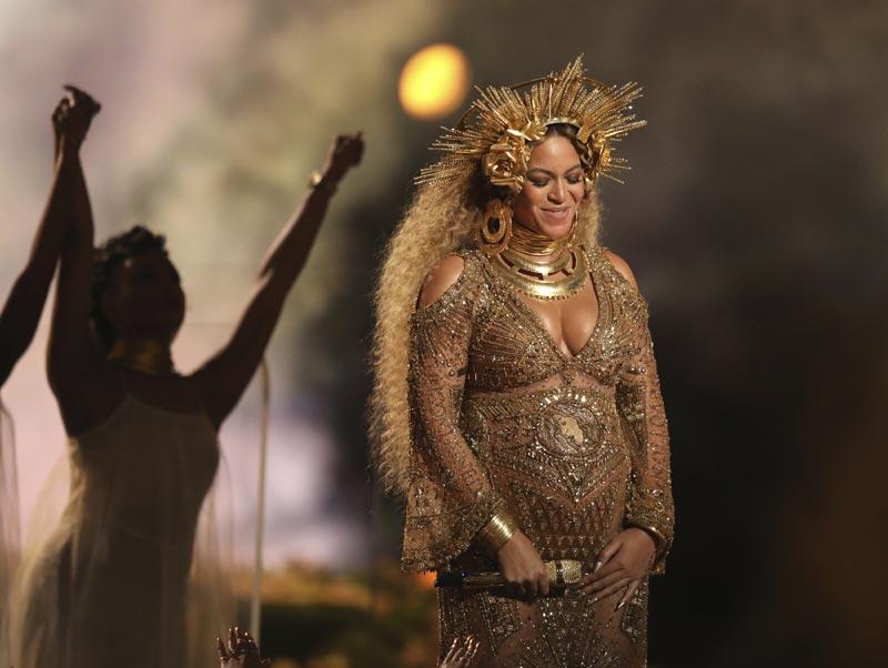 ¡Menudo espectáculo! El embarazo de Beyoncé, protagonista indiscutible de los Grammy