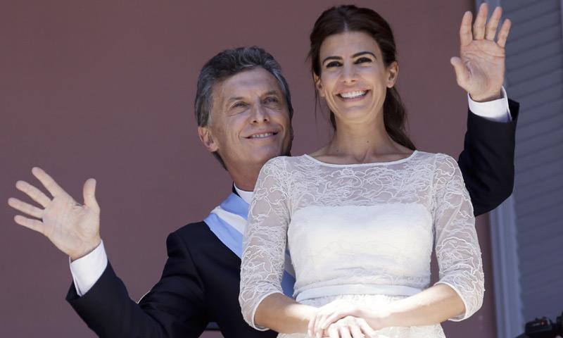 ¿Quién es Juliana Awada, la Primera Dama del 'glamour' e invitada de la Reina?