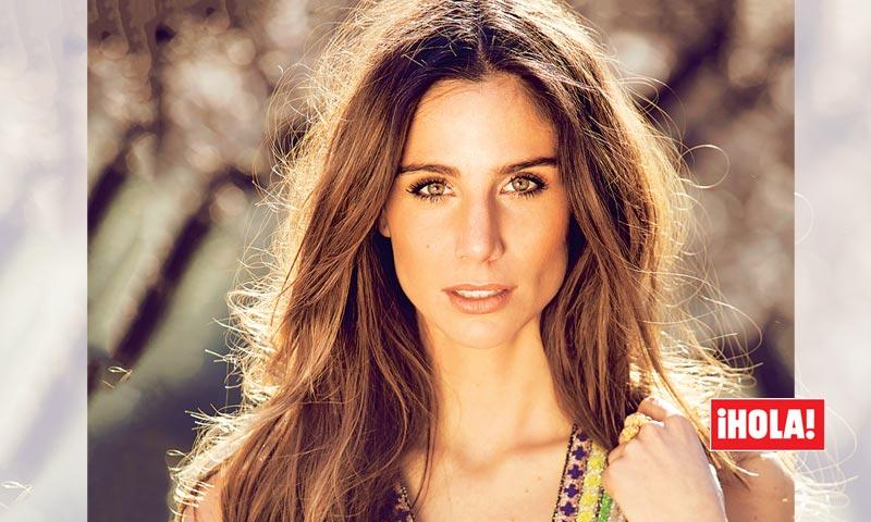 En ¡HOLA!, Lucía Villalón, sobre las fotos de su ex 'Chicharito' con Camila Sodi: 'Yo ya me lo imaginaba'