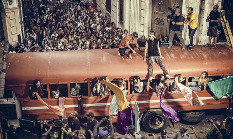 Enrique Iglesias pone a bailar a La Habana con su vídeo 'Súbeme la radio', ¿quieres verlo?