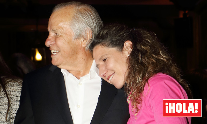 En ¡HOLA!, las sorprendentes imágenes de Manuel Benítez con su hija María Ángeles