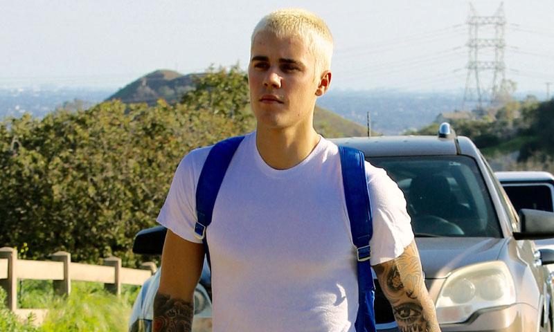 Justin Bieber celebra 'por los aires' su 23 cumpleaños