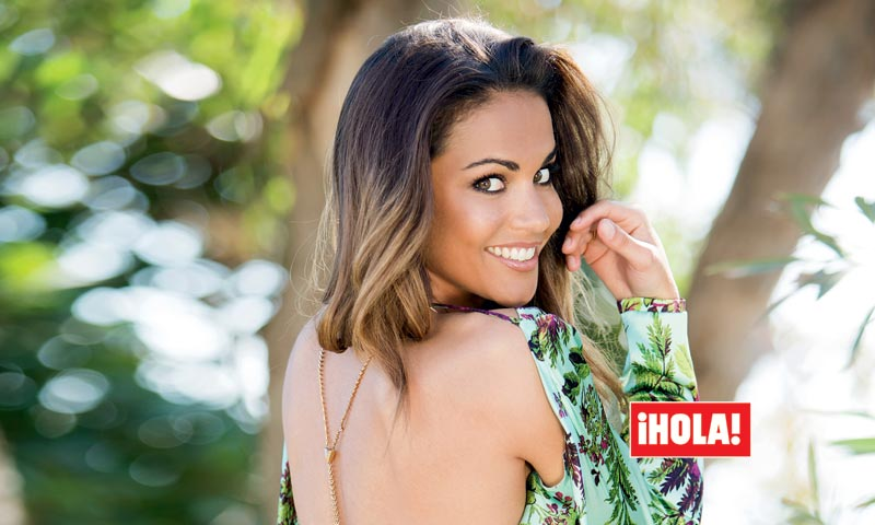 En ¡HOLA! Lara Álvarez, el secreto de su sonrisa: '¡Me siento afortunada!'