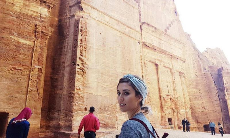 Blanca Suárez, 'flipando' en Jordania con Jesús Calleja