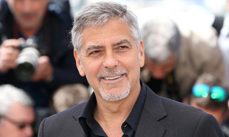 George Clooney se prepara para ser papá y bromea sobre el nombre de sus mellizos