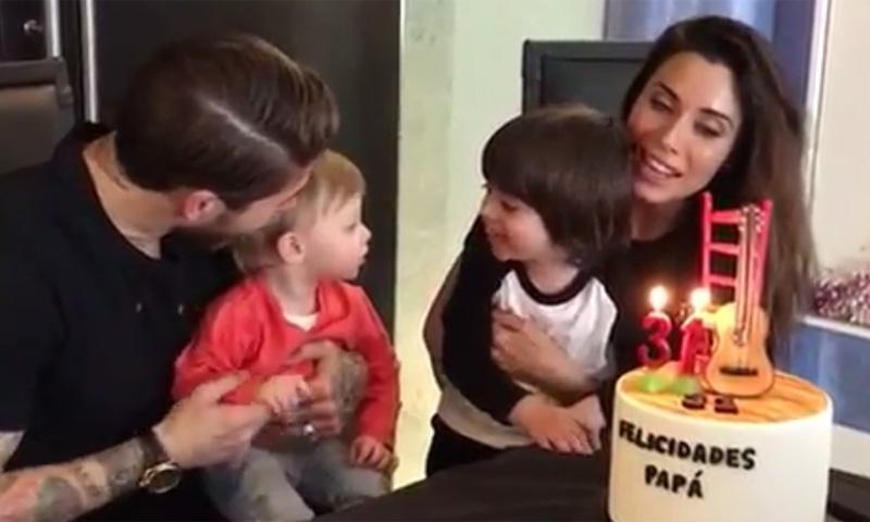 ¡Cumpleaños feliz! Sergio Ramos sopla las velas con Pilar Rubio y sus dos hijos