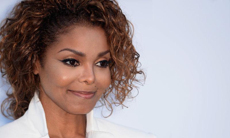 ¡Qué preciosidad! Janet Jackson presenta a su hijo con una tierna imagen