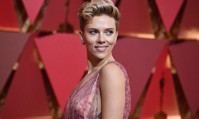 Scarlett Johansson y otros famosos que se han rendido a la política